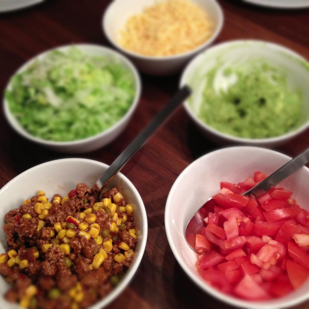 schnelles leckeres chili mit tacos und fajitas wraps little. Black Bedroom Furniture Sets. Home Design Ideas